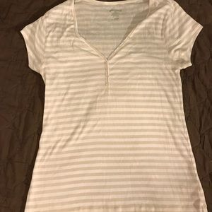 Cute slim fitting striped T-shirt